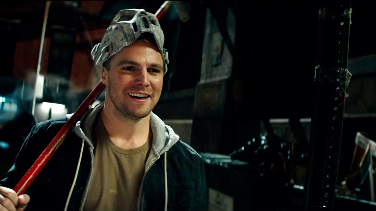 Stephen Amell Workout 2