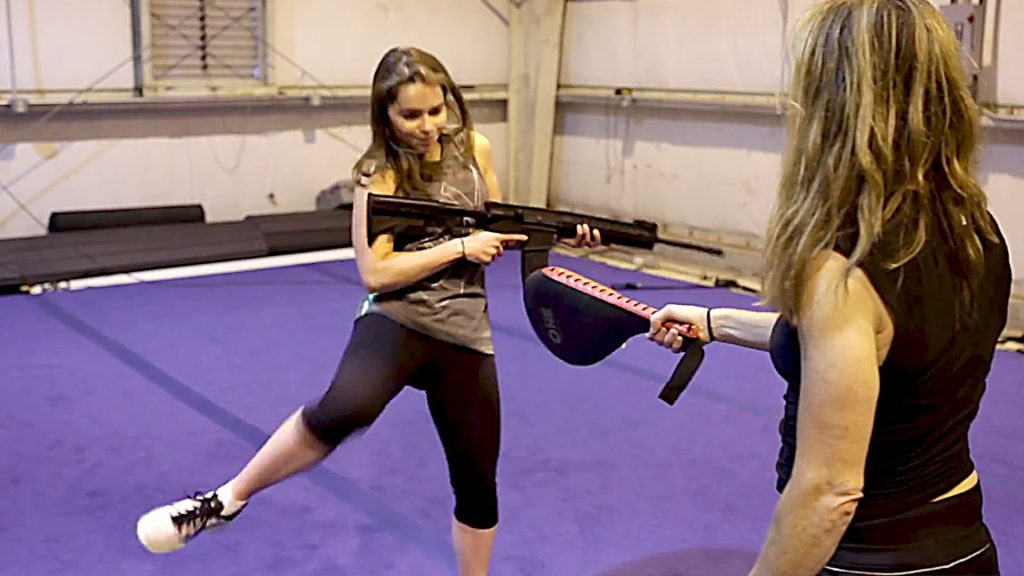 emilia clarke workout 1