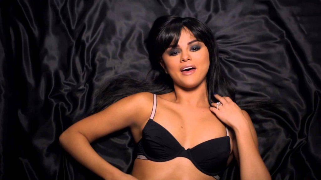 Selena Gomez Workout Routine 1